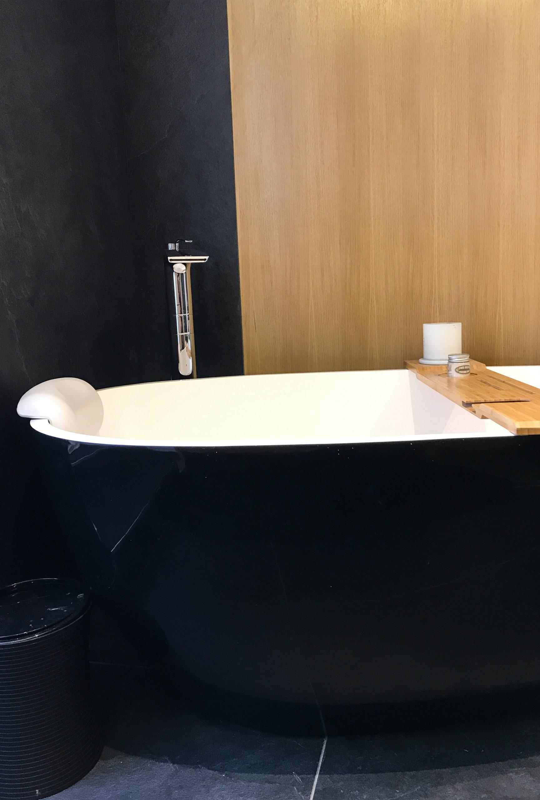 image salle de bain baignoire renovation de haut vol LR Architectes
